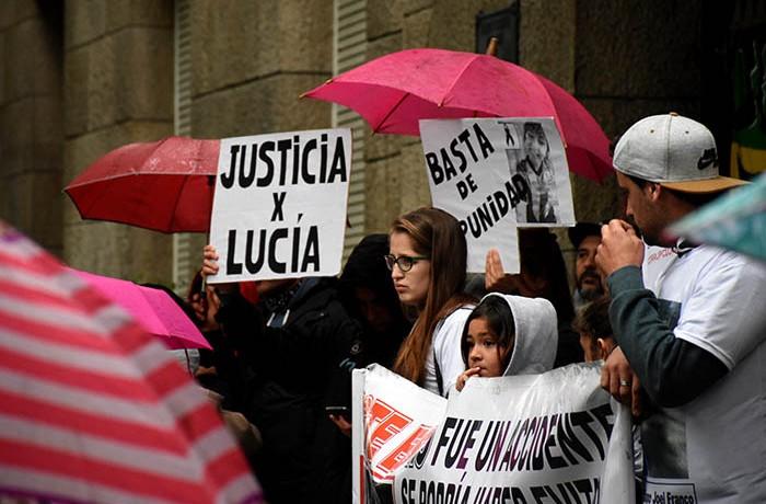 MARCHA JUSTICIA POR LUCIA BERNAOLA  (11)