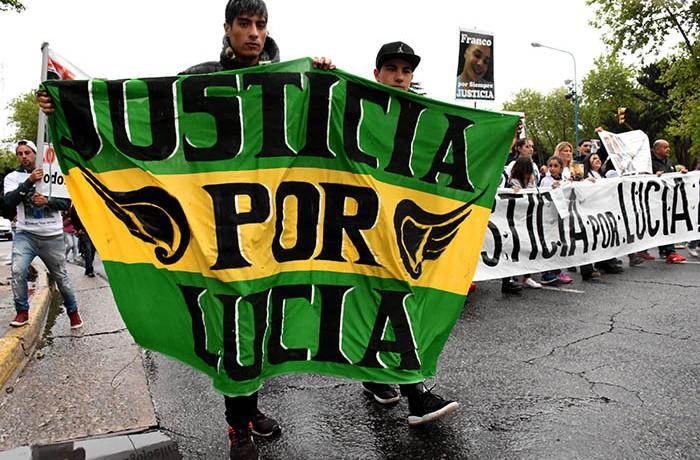 MARCHA JUSTICIA POR LUCIA BERNAOLA  (16)