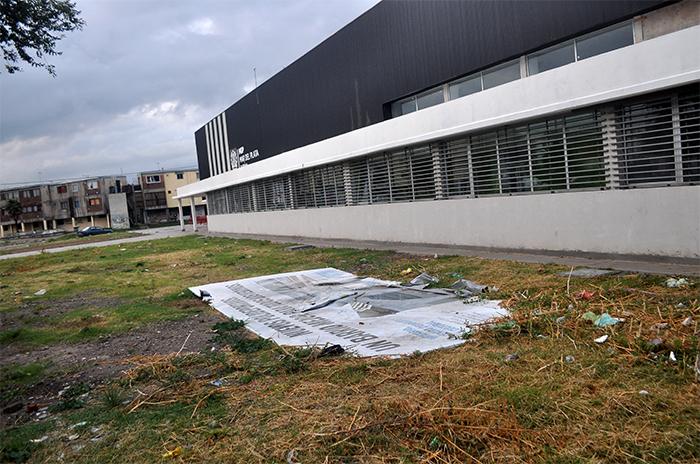 """Polideportivo Centenario: 2 años en el olvido y """"creciente deterioro"""""""