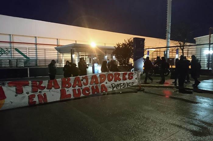 Tres meses después, una nueva protesta frente a Pepsico