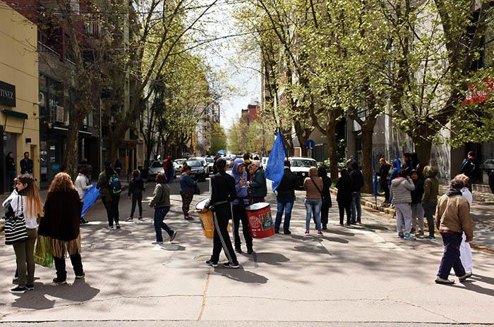 Trabajadores del pescado volvieron a protestar en el Municipio