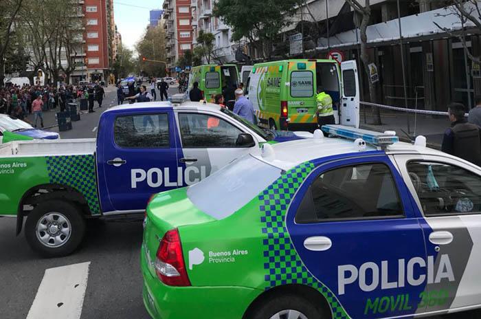 Un obrero murió y otro está grave tras caer del octavo piso de un edificio