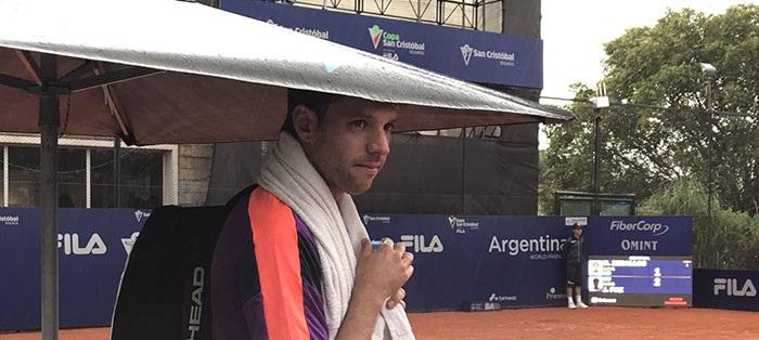 A pesar de la lluvia porteña, Zeballos se metió en octavos de final