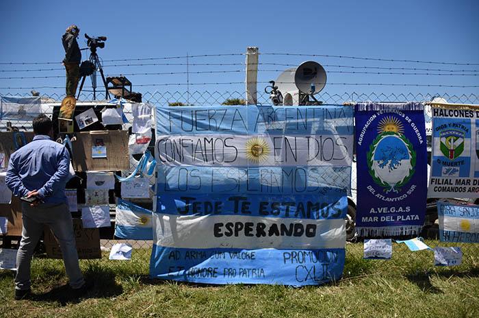 Tras descartar el rescate, se espera la palabra de Macri