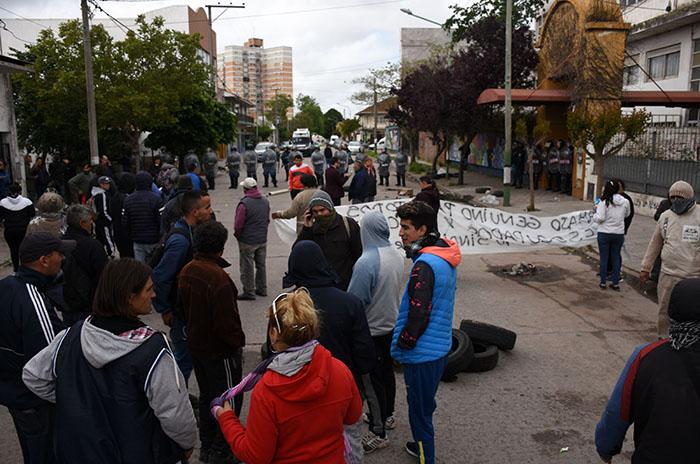 """""""La respuesta de la intendencia de Arroyo es el desalojo brutal"""""""
