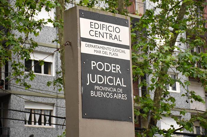 Judiciales rechazaron la primera oferta: 15% en tres tramos