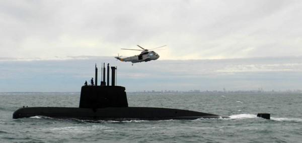 Submarino: descartan rescate, sigue la búsqueda