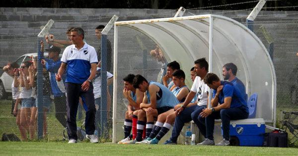 Fútbol local: Alvarado y Urquiza, a paso firme