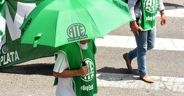 Por despidos, paritarias y el IPS, ATErealiza jornadas de lucha