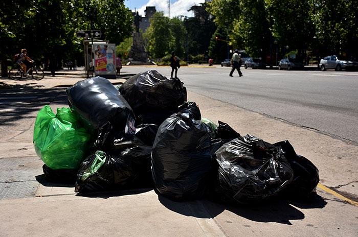 Por el paro de la CGT no hay recolección de residuos