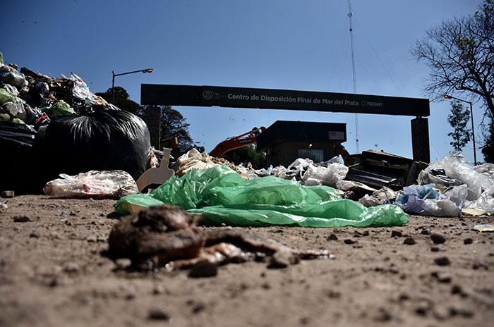 La basura, en crisis: piden interpelar a Leitao y Mourelle