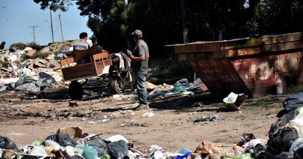 Basural: recuperadores y recicladores sin respuestas
