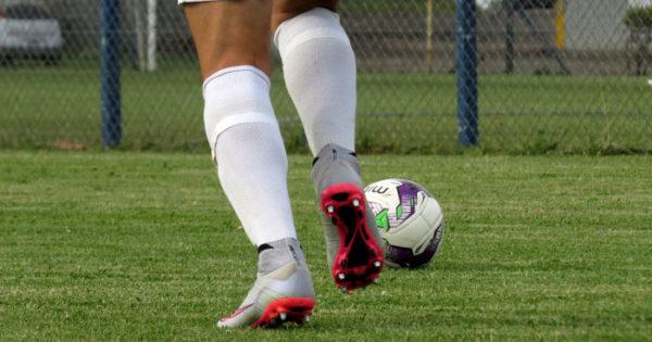 Fútbol local: Urquiza frenó a Alvarado y hay tres líderes