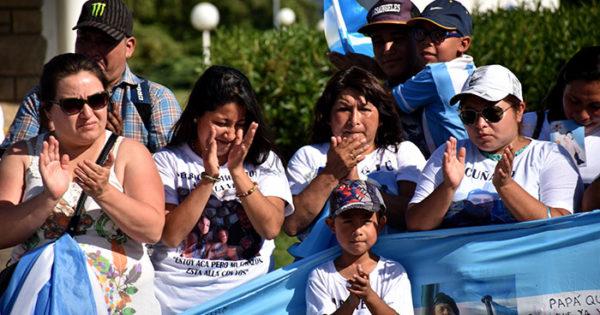 "ARA San Juan: ""Dieron la vida por la patria y la patria los abandona"""