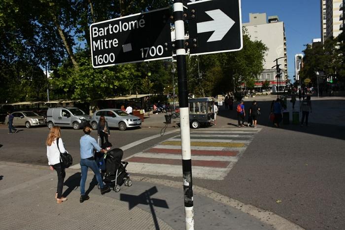 Desde el lunes cambia el sentido de circulación de la calle Mitre