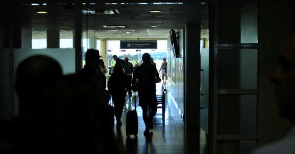 """Aeropuerto: """"Al haber más vuelos salen muchos más viajes en taxi"""""""
