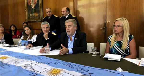 Submarino ARA San Juan: un tweet de Aguad, a seis meses