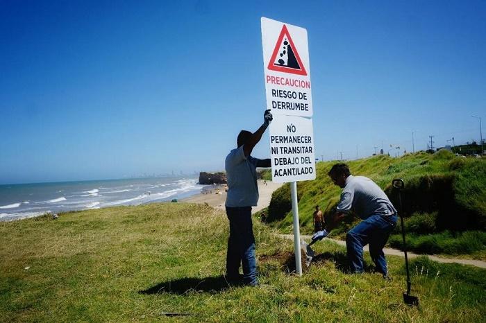 """Un cartel de """"precaución"""", 2 días después de la tragedia en la playa"""