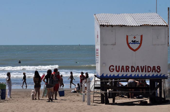 """Guardavidas esperan una paritaria """"justa"""" en el sector privado"""