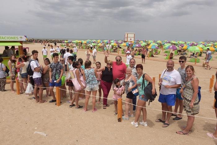 Ya abrieron las playas equipadas: mucha gente en el primer día