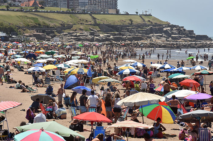 Casi un millón de turistas eligió Mar del Plata en lo que va de enero