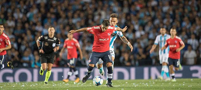 Independiente y Racing, con sus figuras, se enfrentan en el clásico