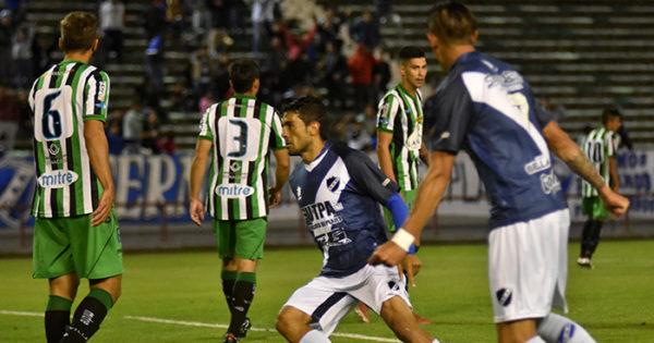 En su debut, Walter Erviti le dio la victoria a Alvarado