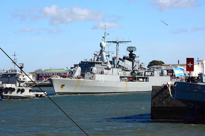 Submarino: más familiares van a la zona de búsqueda