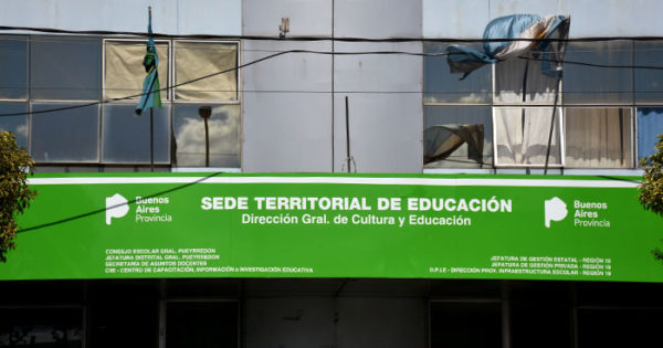 """Con el Consejo intervenido, piden declarar la """"emergencia educativa"""""""