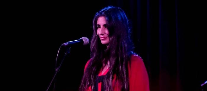 "Carolina Peleritti: ""Cantar folklore viene de mi infancia y mi historia"""