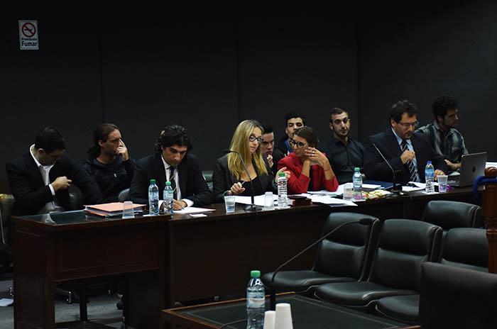Neonazis: el fiscal pide penas de hasta 3 años y dos absoluciones