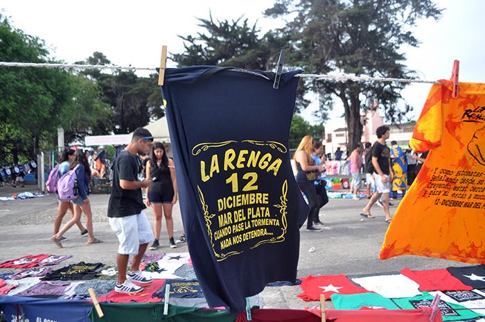 """Convocan a un """"banderazo"""" tras la prohibición a La Renga"""