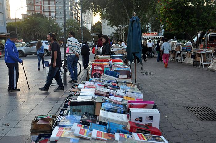 Feria de libros usados: canje, textos al 50% y variada literatura