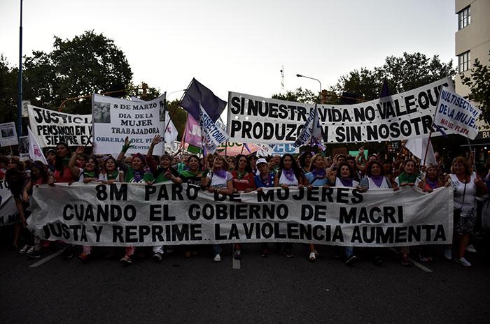 """Día de la Mujer: """"Paramos, movilizamos y bailamos"""""""