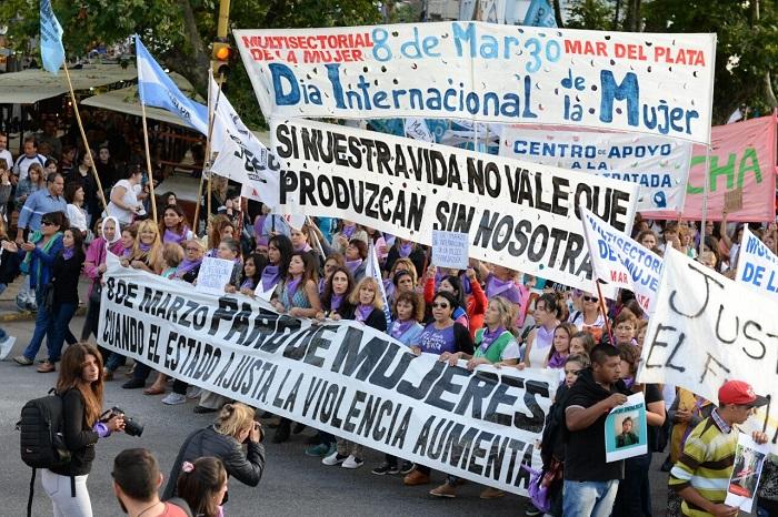 Paro de mujeres, por los derechos de todas: acto, marcha y reclamos