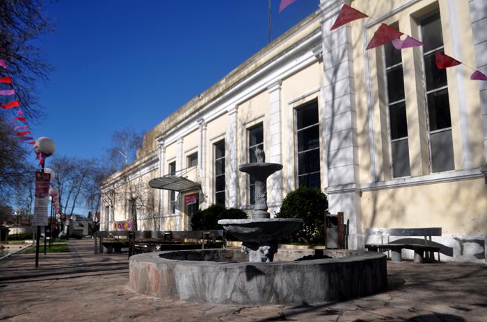 Plaza del Agua: denuncias por presiones y falta de quórum en la comisión