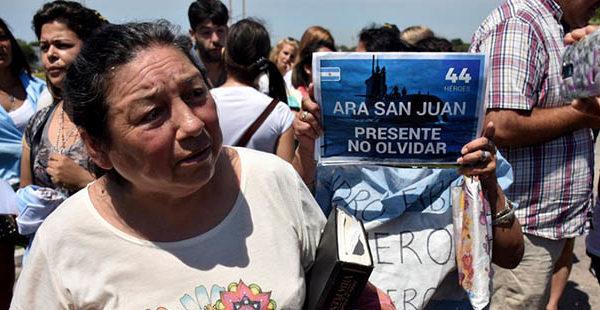 """ARA San Juan: """"Las fuerzas armadas están ocultando algo"""""""
