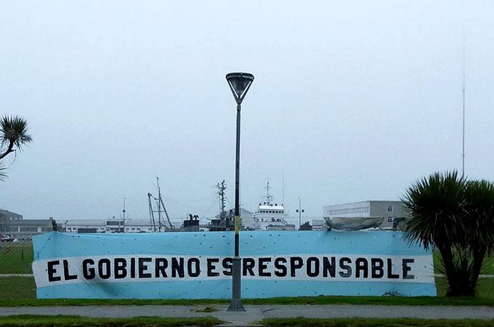 Submarino ARA San Juan bandera Base Naval