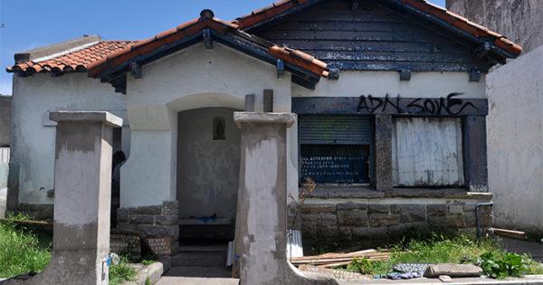 Casita Azul: a la espera del traspaso al Municipio para su reconstrucción