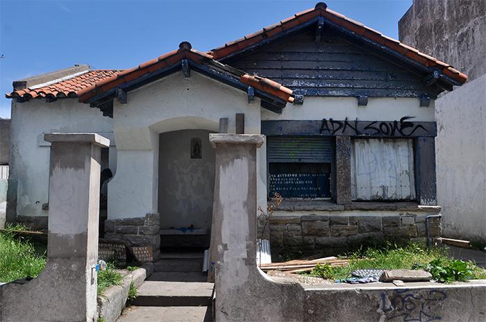 Casita Azul, a foja cero: alerta, abandono y pedido de informes