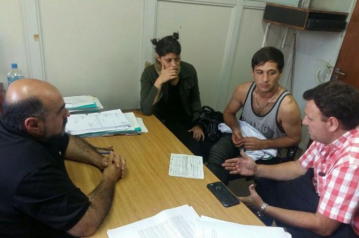 Foto MGP - Rabe e Irazoqui reunidos con el músico Gabriel Bonomo