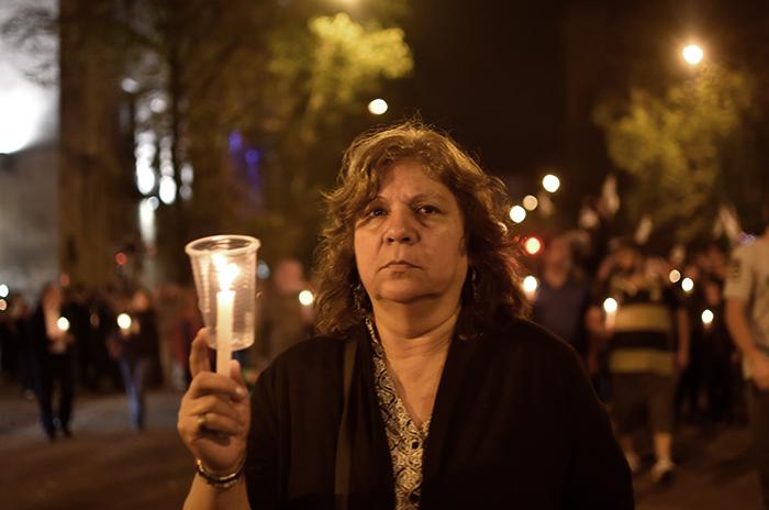"""Una marcha con velas para repudiar """"el ajuste y los tarifazos"""""""