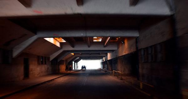 Estacionamiento de Playa Grande: polémica, acuerdos e intereses