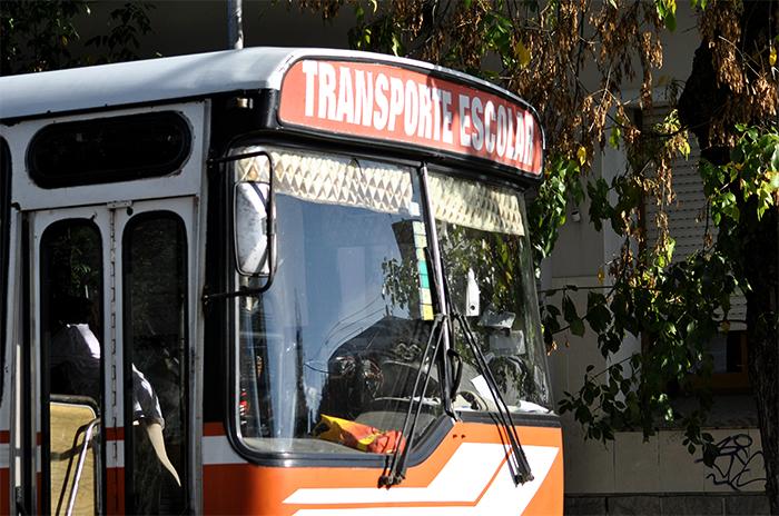 Transporte escolar: denuncian que prestaban el 50% de los servicios