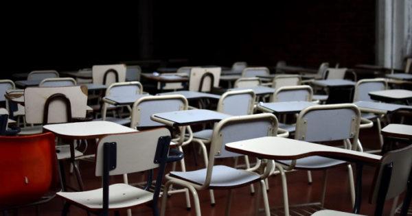 Docentes universitarios paran por 48 horas