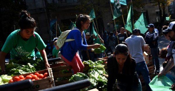 """Un nuevo """"feriazo"""" por la crisis de los pequeños productores"""