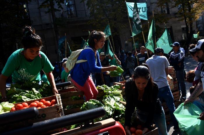 Pequeños productores preparan un nuevo verdurazo en la ciudad