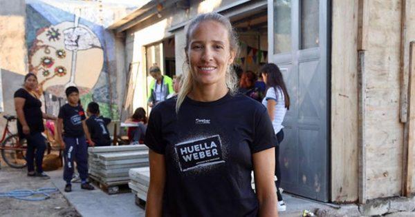 Ana Gallay, de la arena a ayudar a un comedor marplatense