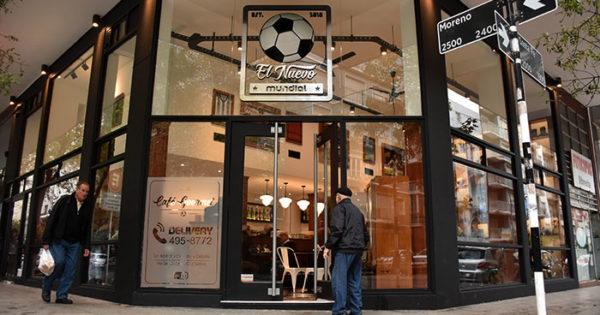 Resurgir de una esquina histórica: fútbol y café en El Nuevo Mundial