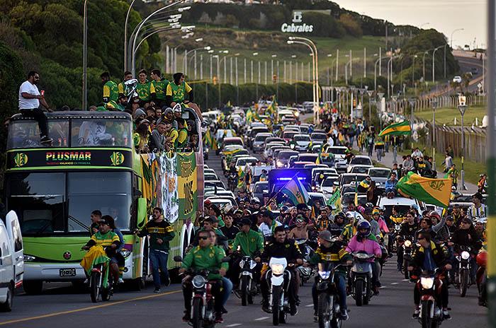 La caravana del campeón: la fiesta en las calles